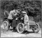 G3 breaktime, old car with family, photo from http://www.antiquephotostore.com